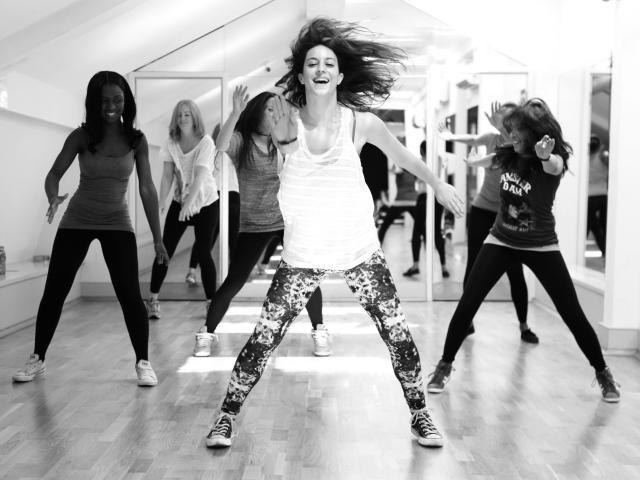 Hip hop momma dance classes